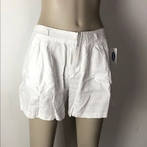 White shorts - Box A61